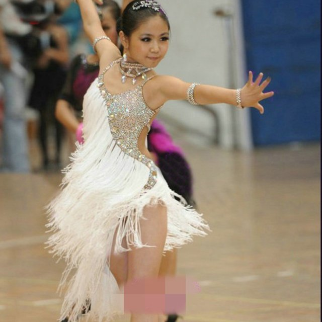 Girls Latin Dance Dress white Tassel Latin Ballroom Costumes Tango Samba Dance Dress Ballroom Fringe Dress Cha Cha Costumes