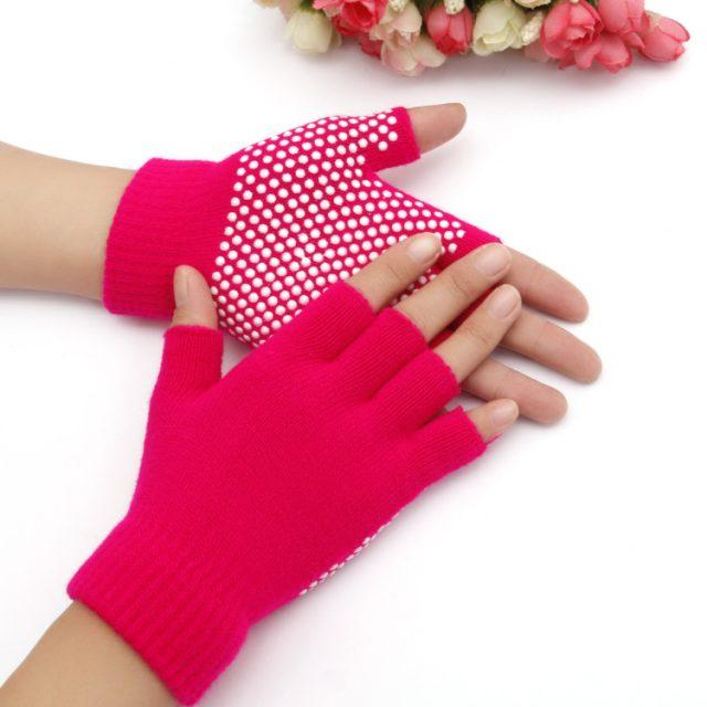 1Pair Unisex sports gloves Anti Slip Fingerless Gloves Grip Sticky For Yoga Pilates Balance Warm Workout fitness Exposed gloves